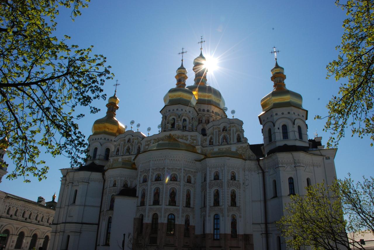 monastery-church-orthodox-historic-city-landscape-1426271-pxhere.com